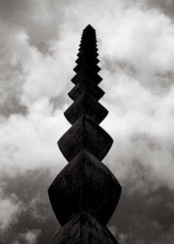 La colonne sans fin - Galerie Negropontes